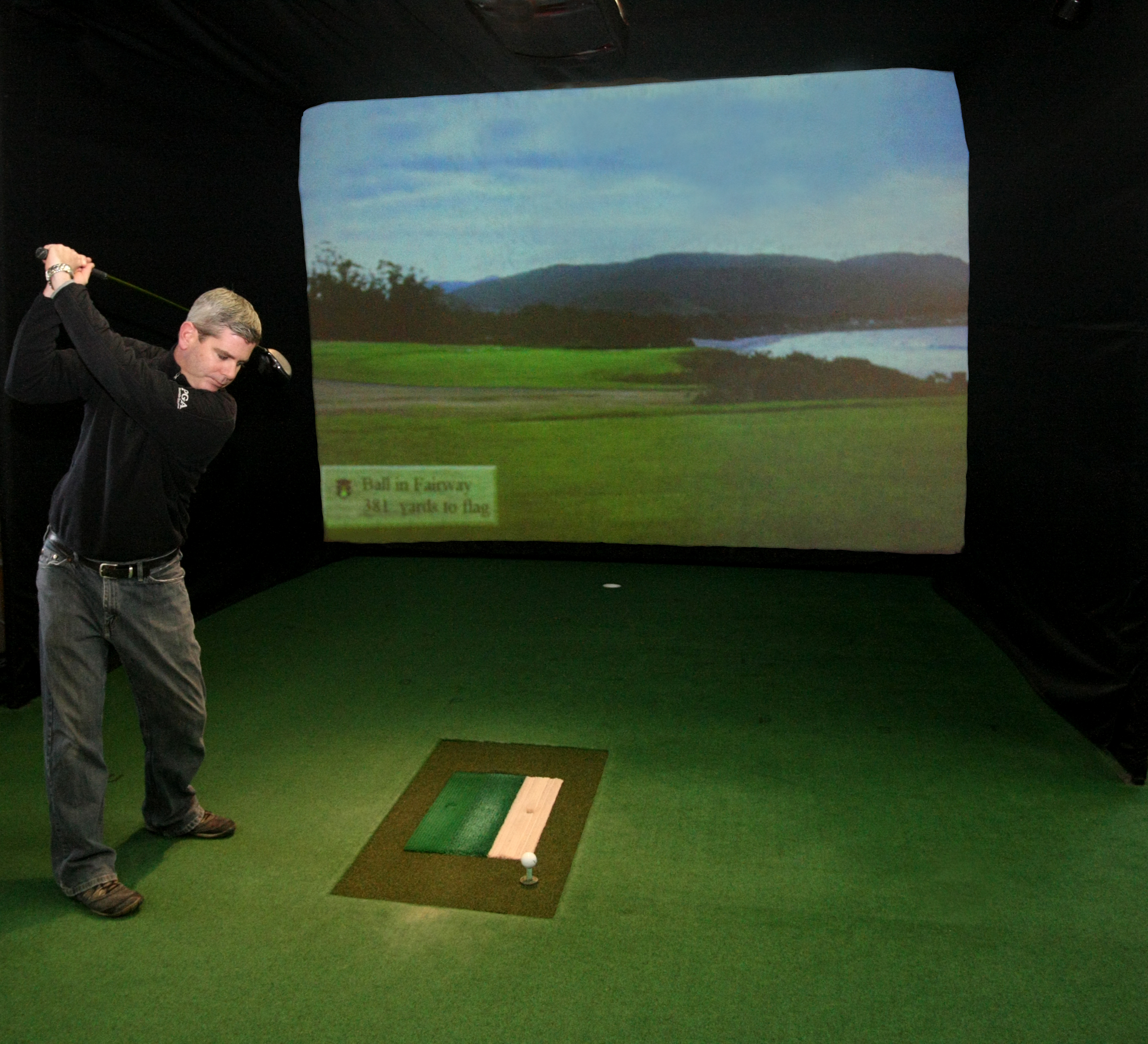 indoor golf, golf simulator, milwaukee